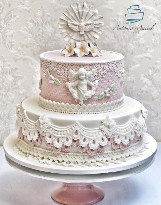 As 25 melhores inspirações para bolos de batizado